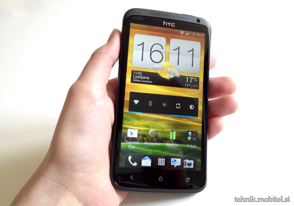 HTC One X v roki